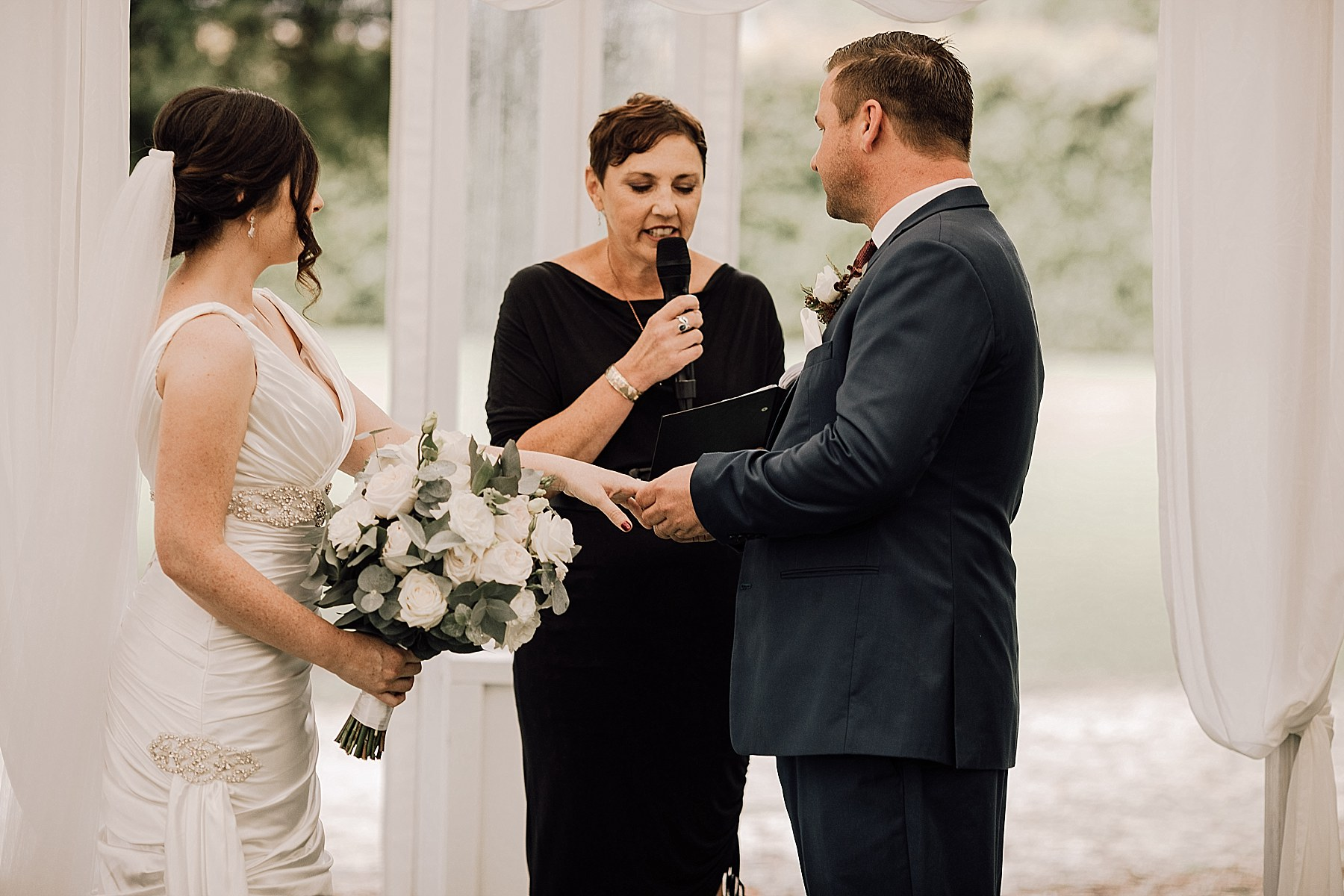 Allely Estate Wedding Auckland Wedding Photographer - Jana & Laurie_0122.jpg
