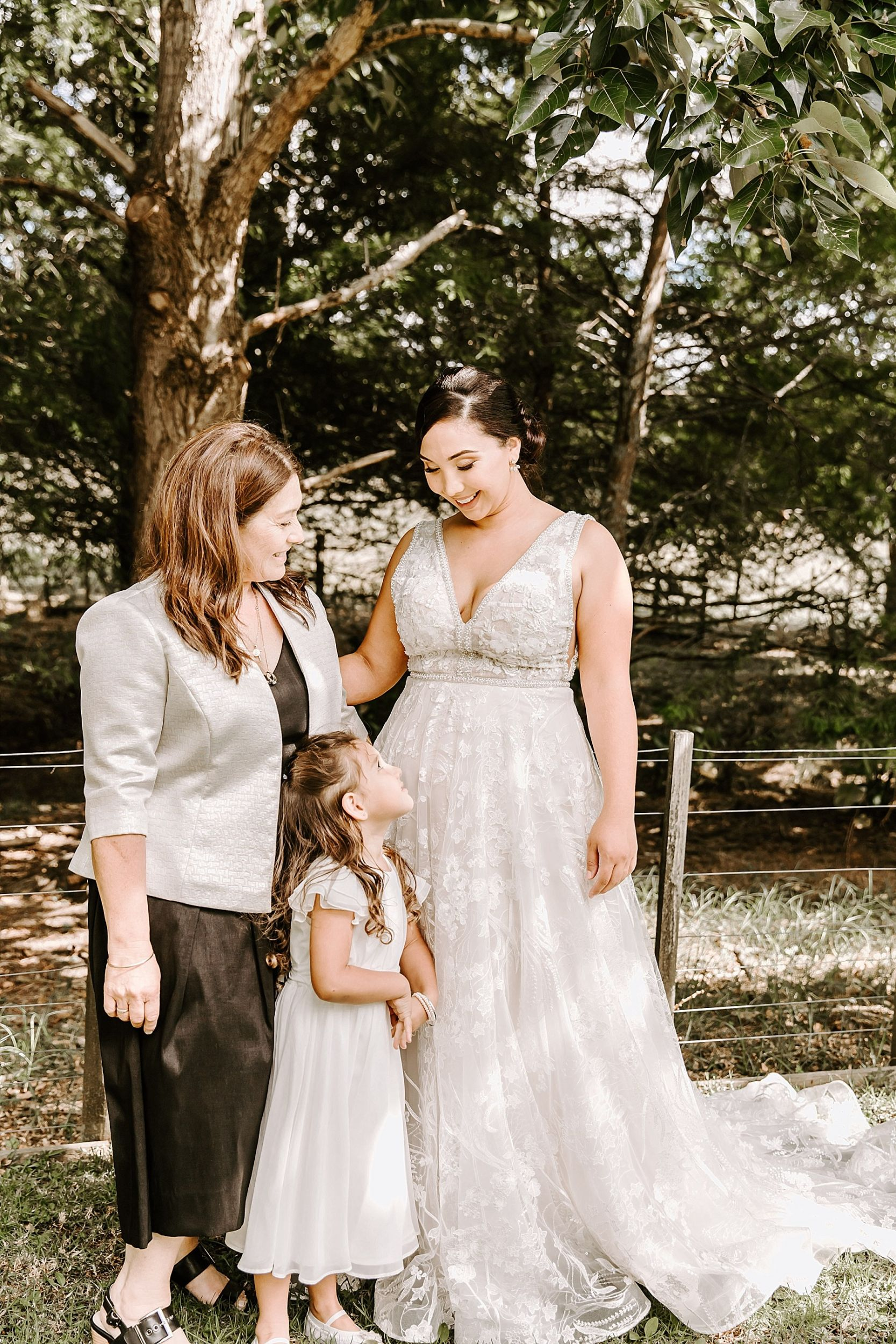 Kumeu Valley Estate Wedding Auckland Wedding Photographer - Hayley & Scott_0029.jpg