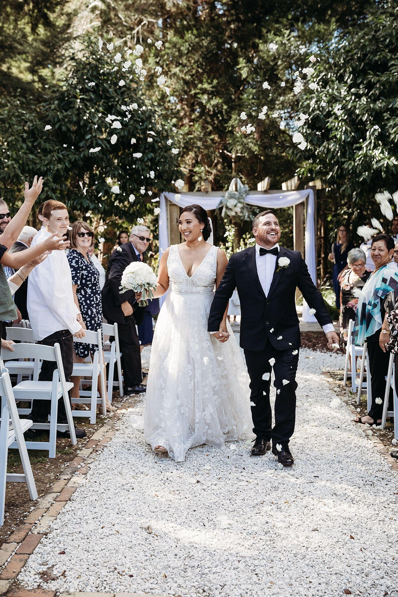 Kumeu Valley Estate Wedding Auckland Wedding Photographer - Hayley & Scott_0058.jpg