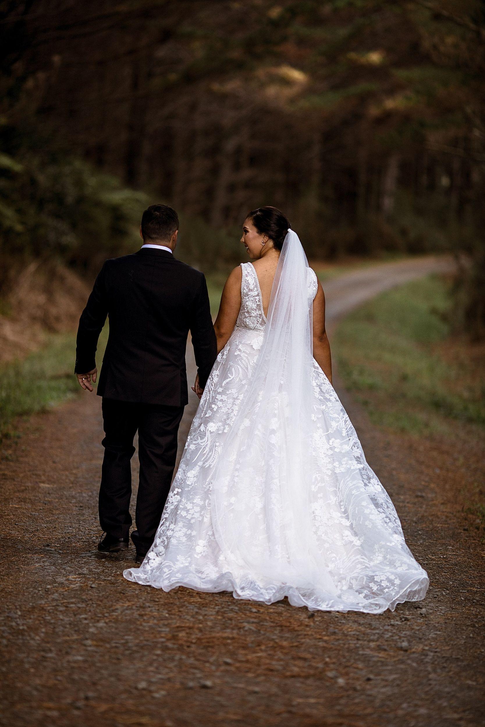 Kumeu Valley Estate Wedding Auckland Wedding Photographer - Hayley & Scott_0074.jpg