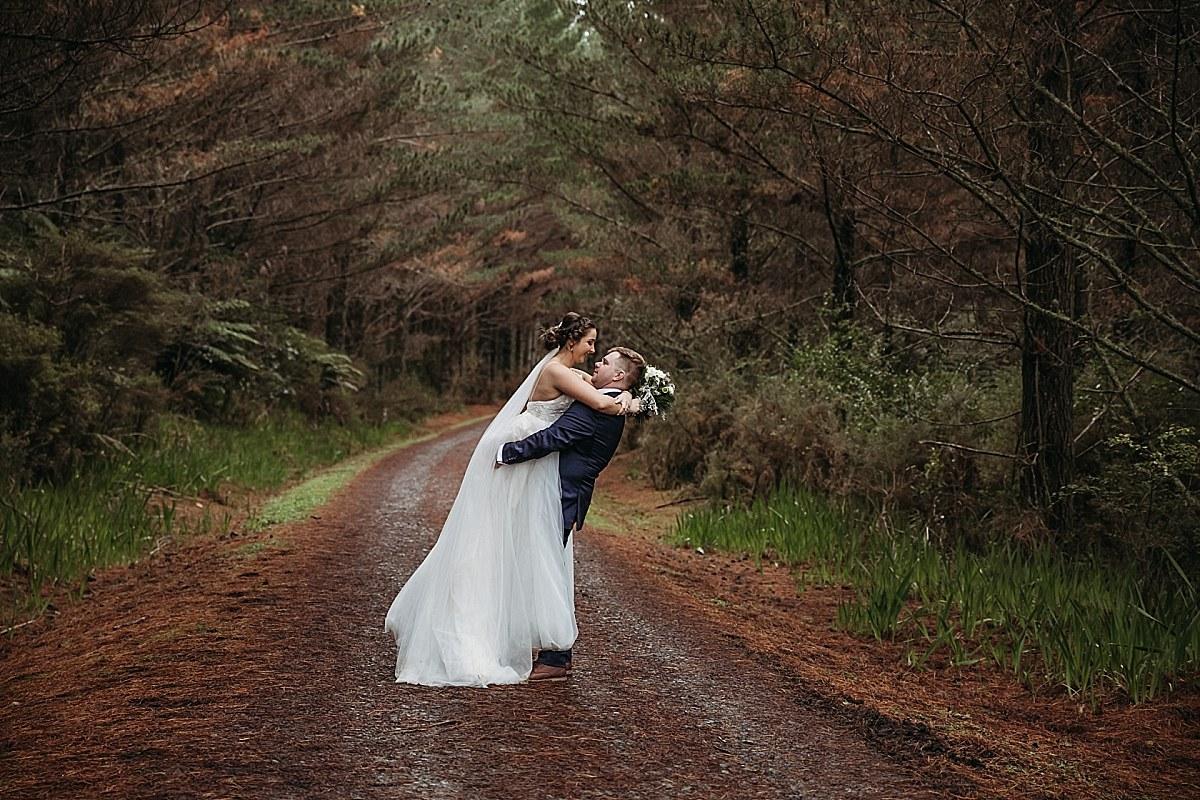 Queenstown Wedding Couple - Auckland Wedding Photographer_0134.jpg