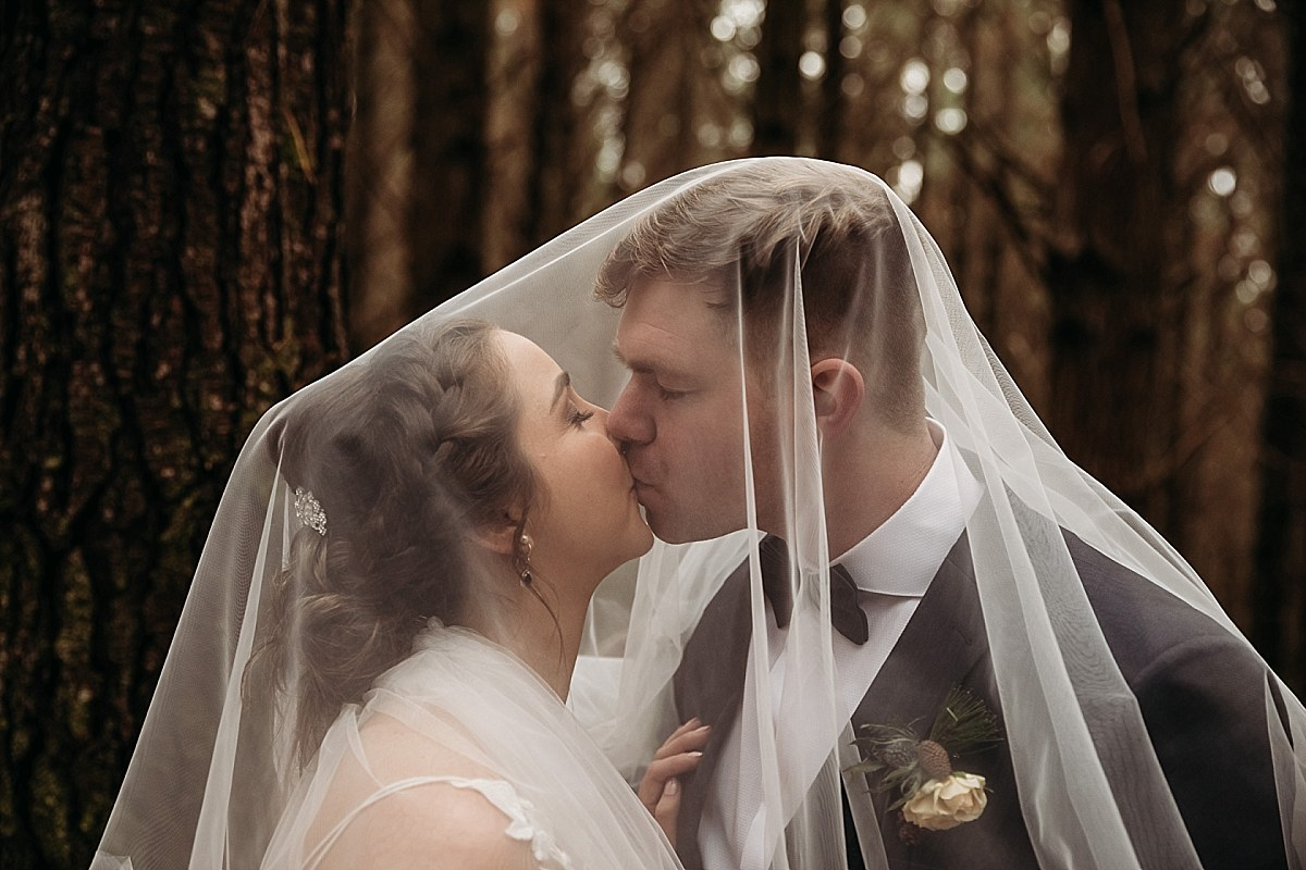 Queenstown Wedding Couple - Auckland Wedding Photographer_0143.jpg