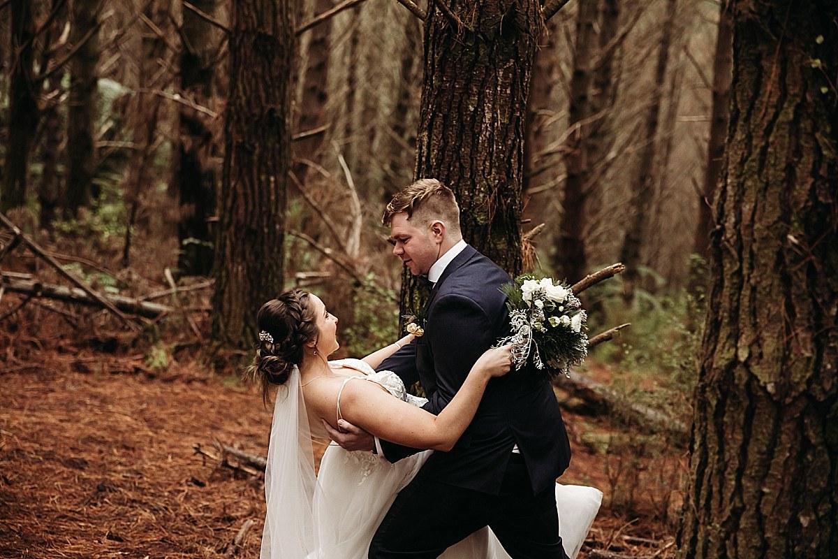Queenstown Wedding Couple - Auckland Wedding Photographer_0146.jpg